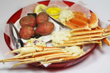 Curts serves fresh crab legs