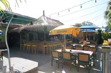 live music siesta key tiki bar